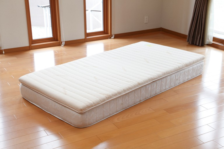 mattress015